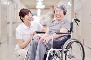 有料老人ホーム介護職員【契約社員】(未資格・未経験OK)各種手当あり