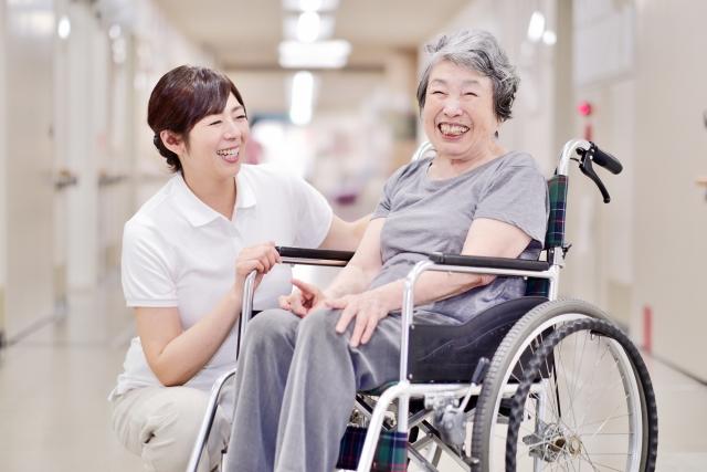 【人材紹介】資格取得全額負担!介護職のお仕事です