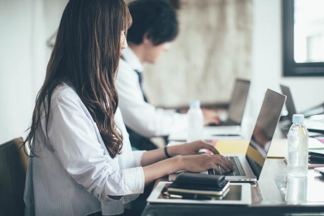 【20代男女活躍中】PCを使ったモクモク作業!電話対応なし♪